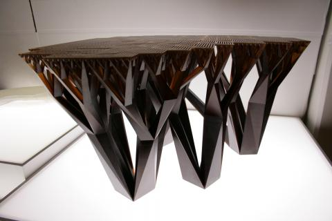 The Fractal.MGX by Wertel Oberfell & Mathias Bärr for .MGX by Materialise